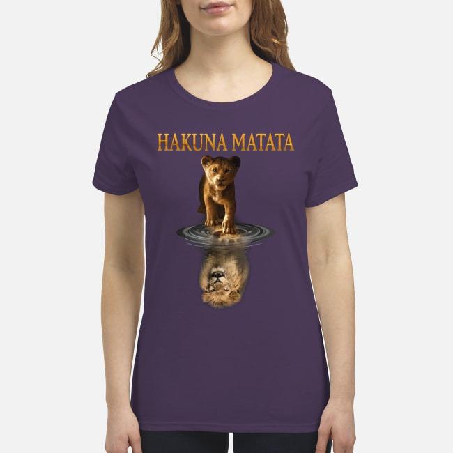Simba Mufasa reflection Hakuna matata premium women's shirt