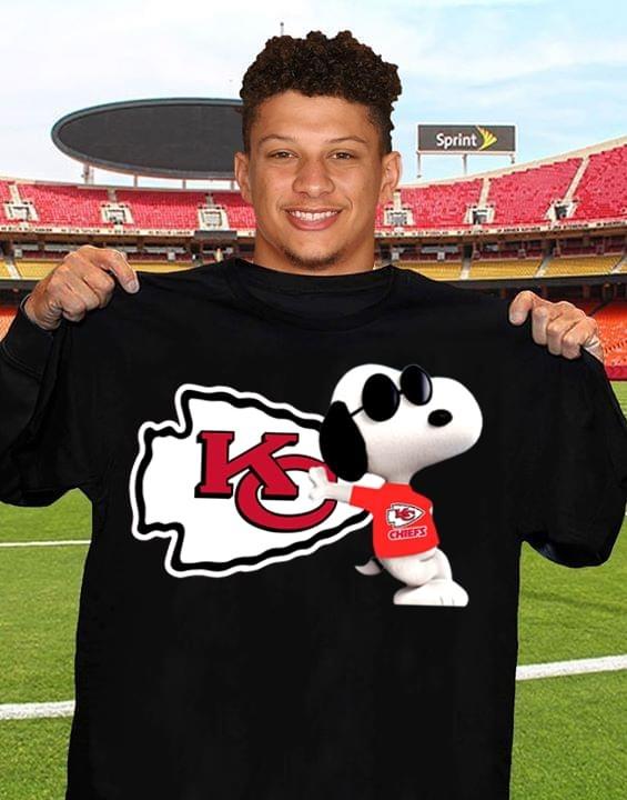 Snoopy Kansas Chiefs shirt