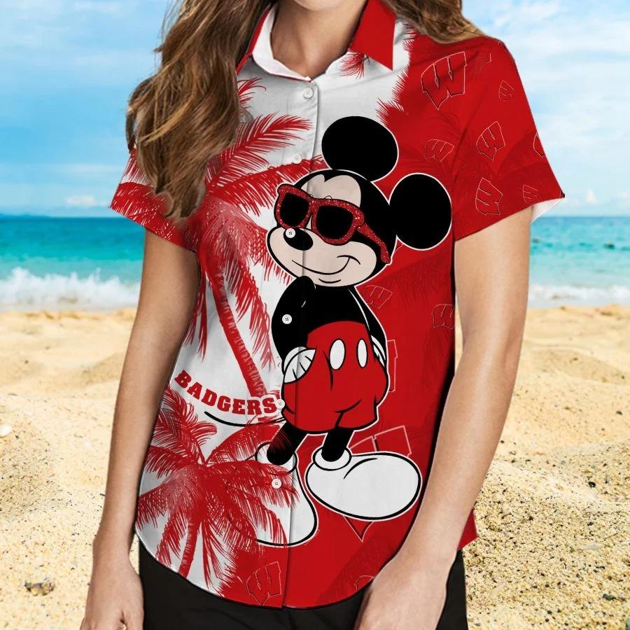 Mickey Mouse Wisconsin Badgers hawaiin shirt vs beach short 2