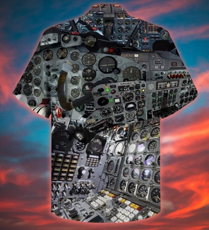 A pilot clock hawaiian shirt 3