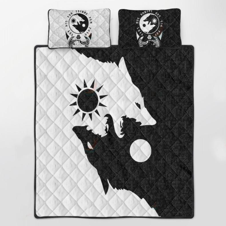 Viking skoll and hati bedding set 3
