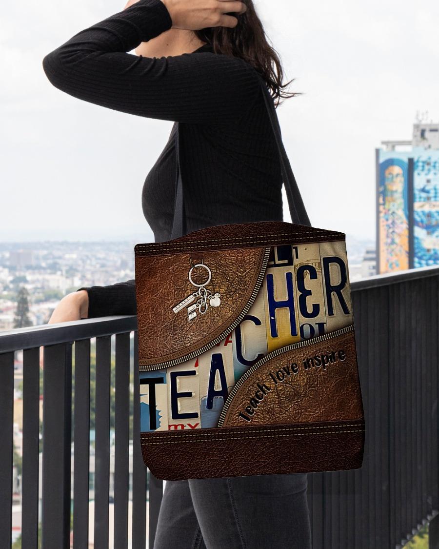 Teacher love inspire leather tote bag4