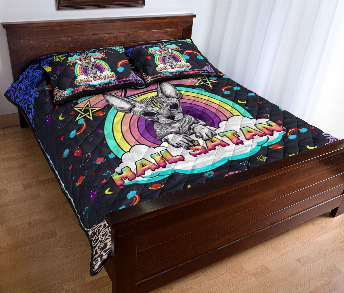 Sphyn hail satan quilt bedding set2