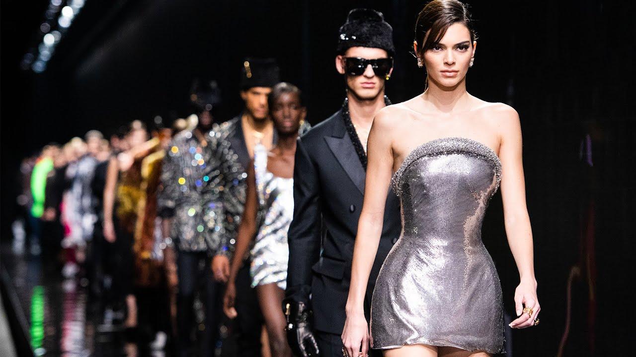 Colectia Versace pentru toamna-iarna 2020-2021 - Fashion365